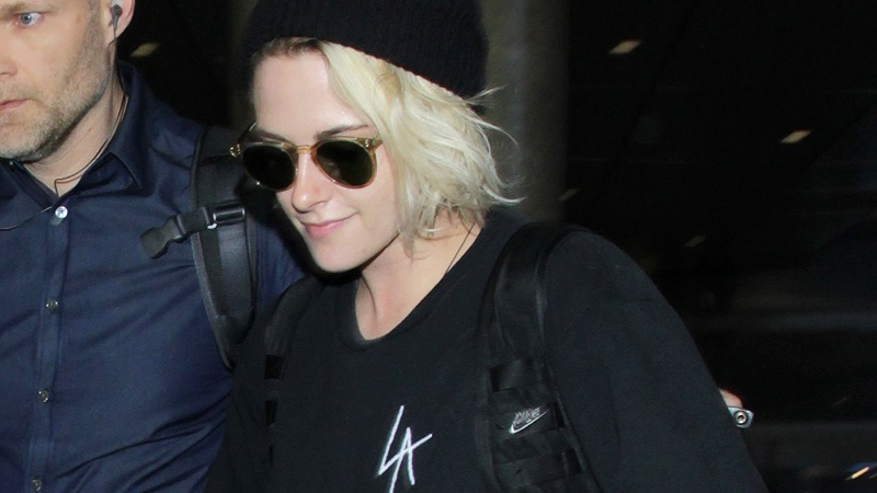 Candids – Kristen arriving back at LAX – June 24, 2016